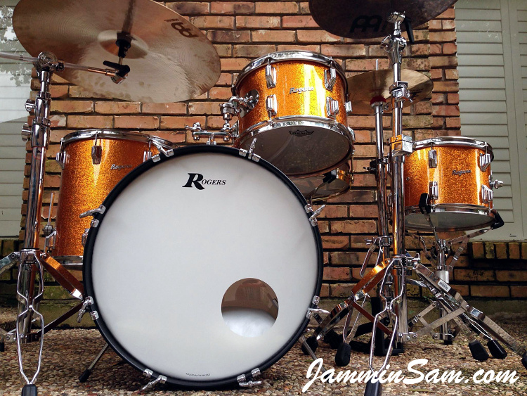 Photo of Paul Huskins' 67 Rogers Drums with JS Sparkle Gold drum wrap (17)
