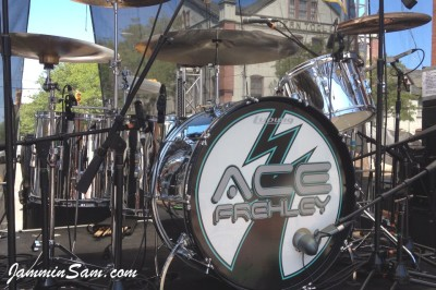 Photo of Matt Starr's Ludwig drums with JS Mirror Chrome drum wrap