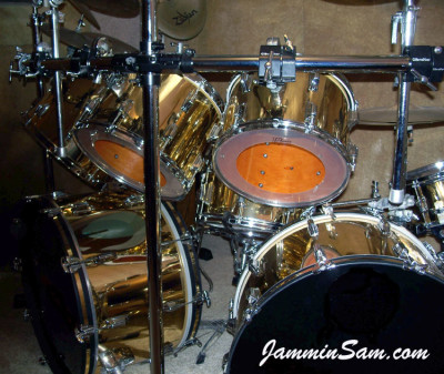Photo of Pete Bourgeois' Rogers drum set with Mirror Gold drum wrap (1)