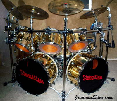 Photo of Pete Bourgeois' Rogers drum set with Mirror Gold drum wrap (3)