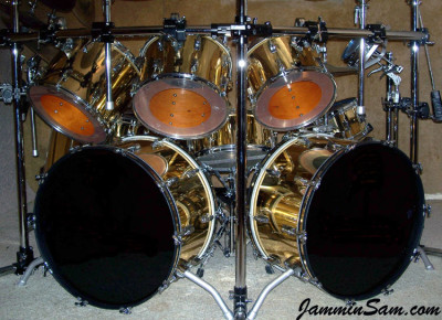 Photo of Pete Bourgeois' Rogers drum set with Mirror Gold drum wrap (4)