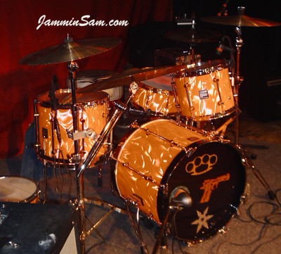 Photo of Eric Hansen's Sonor drums with Neon Orange Satin drum wrap (2)