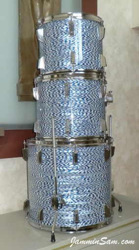 Photo of James V. Scott's Fibes drums with Blue-White Onyx Pearl drum wrap (19)