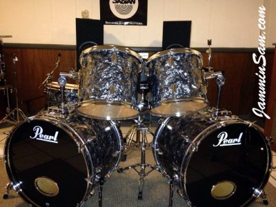Photo of Blane Taylor's 1985 Pearl World series set of drums with Vintage Black Diamond Pearl drum wrap (85)