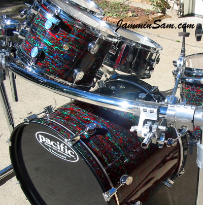 Photo of Barry Smith's Pacific drumset with Psychedelic Red drum wrap (2)