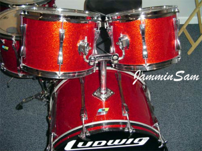 Photo of Rich Moscatelli's Ludwig drums with Red Vintage Sparkle drum wrap (2)