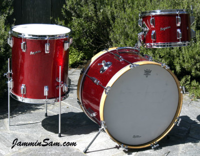 Photo of Roberto Barahona's Rogers drums with Red Vintage Sparkle drum wrap (6)