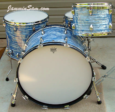 Photo of Davey Staton's drums with Retro Sky Blue Pearl drum wrap (4)