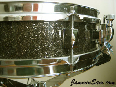 Photo of Howard Brodwin's snare drum with Rootbeer Glass Glitter drum wrap (7)