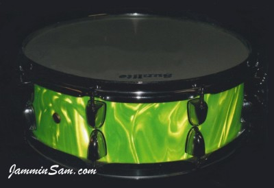 Photo of Shaun Traynor's snare drum with Neon Green Satin drum wrap