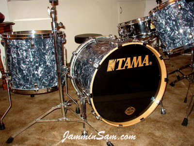 Photo of Tony Chlup's drums with Sea Shell Pearl drum wrap (3)