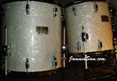 Photo of Bill Heitman's Pearl drum set with Silver Glass Glitter drum material (14)