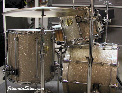 Photo of Dan Hertlein's drums with Silver Glass Glitter drum wrap