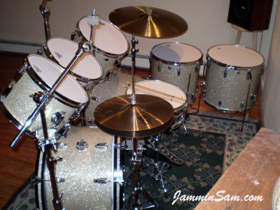 Photo of Donnie Augello's Ludwig drum set with Silver Glass Glitter drum material (3)