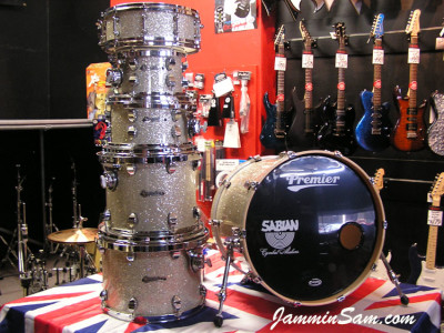 Photo of Paul Collinson's Pearl drumset with Silver Glass Glitter drum material (10)