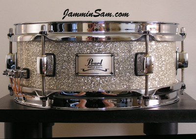 Photo of Paul Collinson's Pearl snare drum with Silver Glass Glitter drum wrap (4)