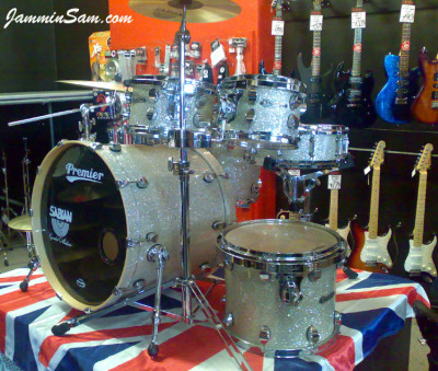 Photo of Paul Collinson's Pearl drums with Silver Glass Glitter drum covering (9)