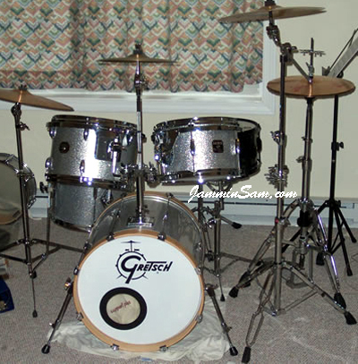 Photo of Paul Varhol's Gretsch drum set with Silver Vintage Sparkle drum wrap (3)