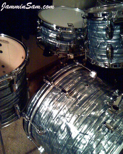 Photo of Billy Hammond's drums with Vintage Sky Blue Pearl drum wrap (2)