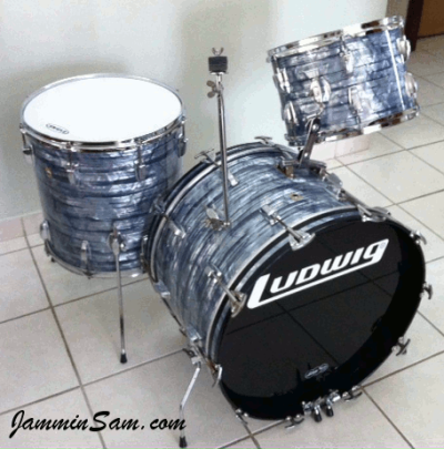 Photo of Carlos Ortiz's Ludwig drums with Vintage Sky Blue Pearl drum wrap (2)