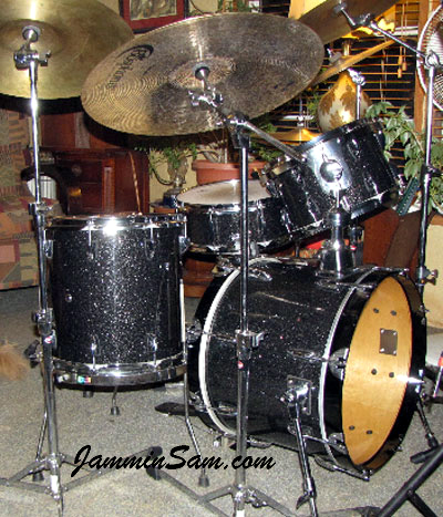 Photo of Douglas Tuckley's drums with True Black Glass Glitter drum wrap (26)