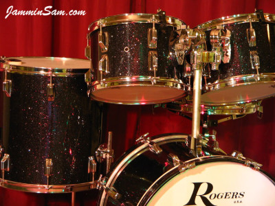 Photo of Roger Wise's Rogers drums with True Black Glass Glitter drum wrap (5)