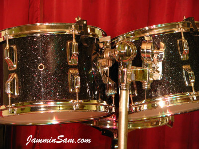 Photo of Roger Wise's Rogers drums with True Black Glass Glitter drum wrap (7)