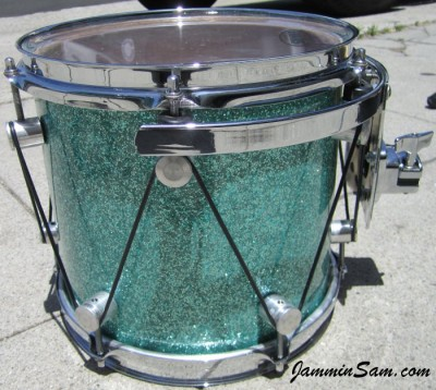 Photo of Matt Smith's tom with Turquoise Glass Glitter drum wrap (20)