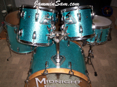 Photo of Nick Lamorgese's Ludwig drums with Turquoise Vintage Sparkle drum wrap (1)