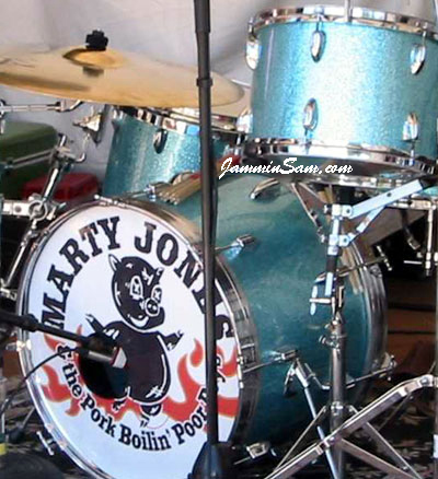 Photo of Will Sahs' drums with Turquoise Vintage Sparkle drum wrap (2)
