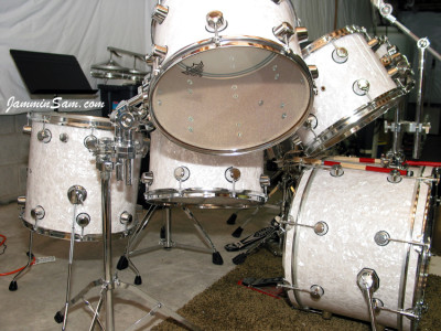 Photo of Doug Digennaro's Rogers drum set with Vintage White Pearl drum wrap on (8)