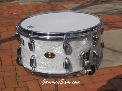 Photo of Garth Grob's Slingerland drums with Vintage White Pearl drum wrap (2)