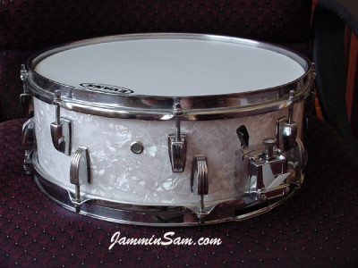 Photo of Gregg Orchard's Ludwig snare with Vintage White Pearl drum wrap