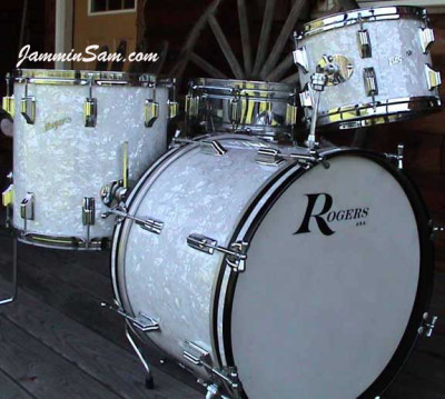 Photo of Jay Ganz's Rogers drumset with Vintage White Pearl drum wrap (2)