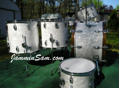 Photo of Vince Galeano's Ludwig drums with Vintage White Pearl drum wrap (1)