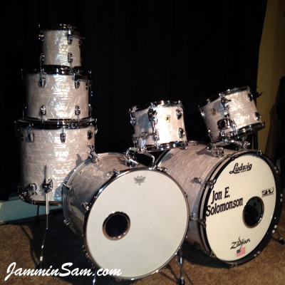 Photo of Jon Solomonson's Ludwig Classic drums with Vintage Marine Pearl (4)