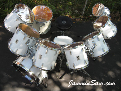 Photo of Gunnar Swensen's Sonor drum kit with JS Hi Gloss White drum wrap (3)