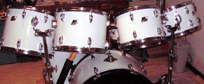 Example of JS Hi Gloss White drum wrap