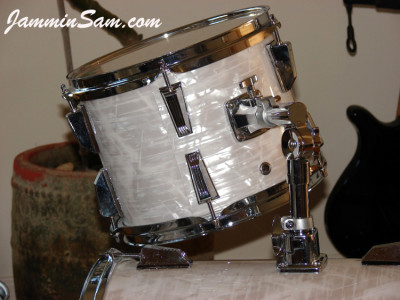 Photo of Bill Goff's Ludwig Mini kit with 60's White Pearl drum wrap (6)