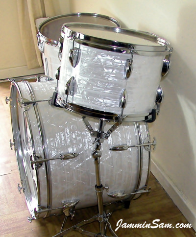 Photo of John Cotter's small drum set with 60's White Pearl (11)