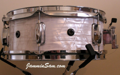 Photo of Paul Collinson's Sonor snare drum with 60's White Pearl drum wrap (3)