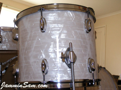 Photo of Paul Collinson's Sonor tom with 60's White Pearl drum wrap (6)