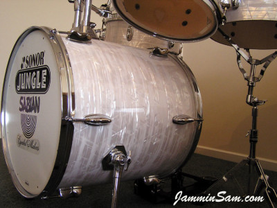 Photo of Paul Collinson's Sonor drums with 60's White Pearl drum wrap (7)