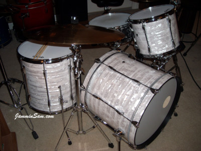 Photo of Randall Workman's Yamaha drums with 60's White Pearl drum wrap (21)