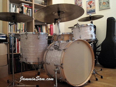 Photo of Shannon Edens' Slingerland drums with 60's White Pearl drum wrap (57)