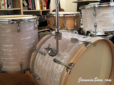 Photo of Shannon Edens' Slingerland drums with 60's White Pearl drum wrap (73)