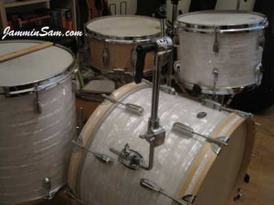 Photo of Shannon Edens' Slingerland drums with 60's White Pearl drum wrap (98)