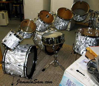 Photo of Mike Safranski's 1976 Slingerland Kit with White Satin drum wrap (10)