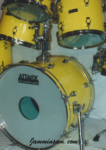 Photo of a drum set with JS Vintage Yellow drum wrap (2)