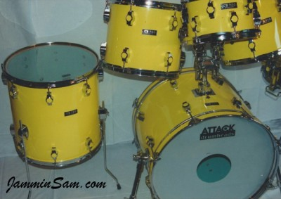 Photo of a drum set with JS Vintage Yellow drum wrap (5)
